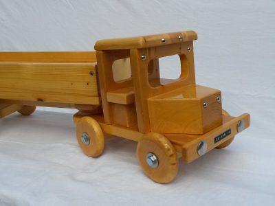 feestbordhuren_vrachtwagen